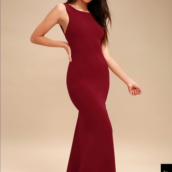 4cd7ff838d1 NWT Lulus Wine Red Backless Maxi Dress Size M